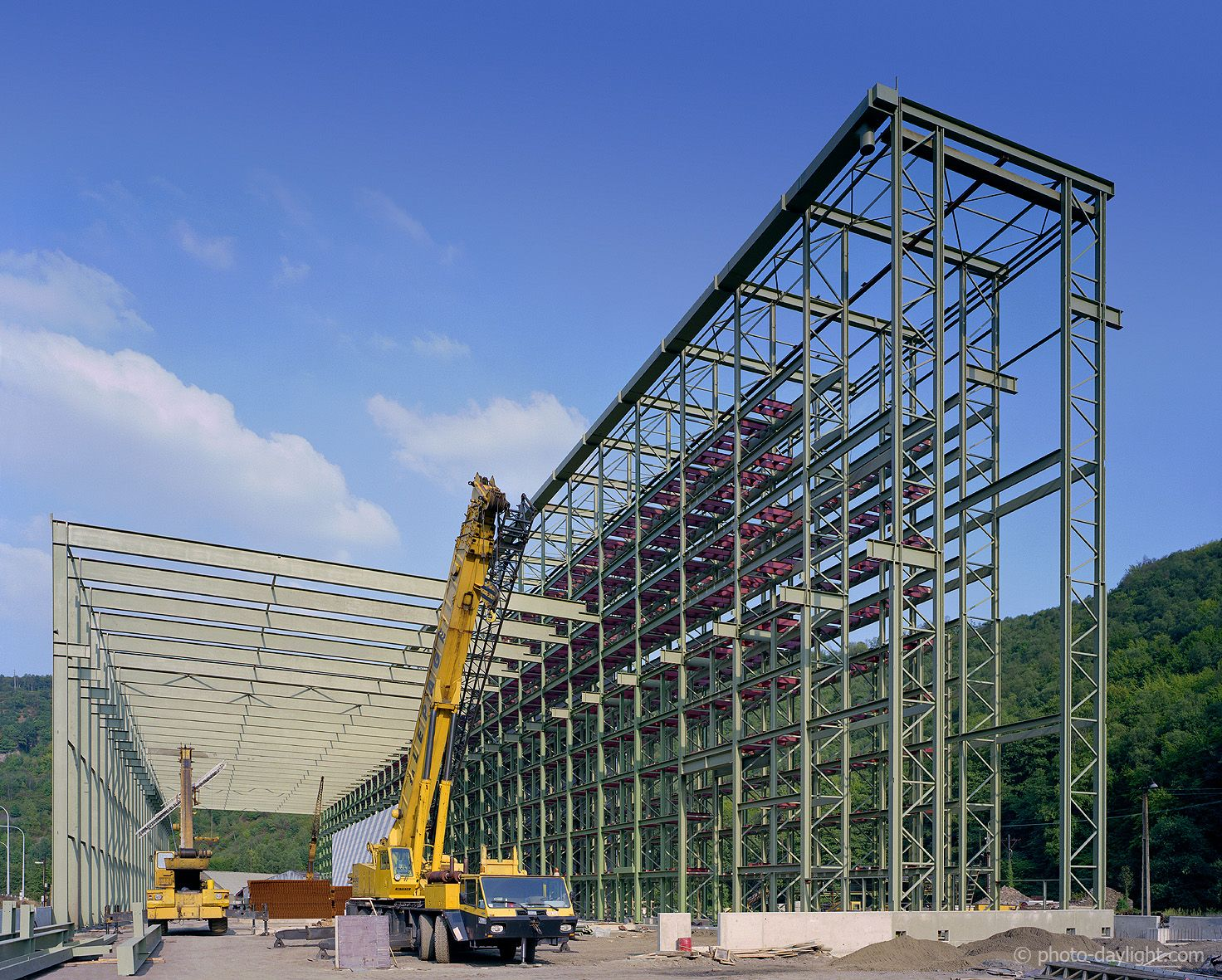 Rack supported building Delloye-Mathieu