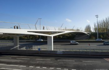 Breucq footbridge naar Pierre-Mauroy arena in Lille