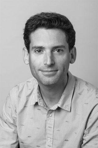 Arnaud PINEUR
