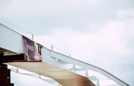 L'Enjambée s'élance au-dessus de la Meuse