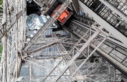 L'ascenseur Nord de la Tour Eiffel se modernise