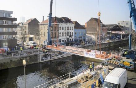 Une nouvelle passerelle mobile à Molenbeek