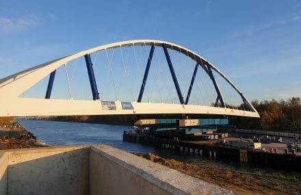 Renouvellement des ponts sur le canal Albert
