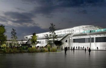 Viaduc et station de métro sur la ligne 11 à Paris