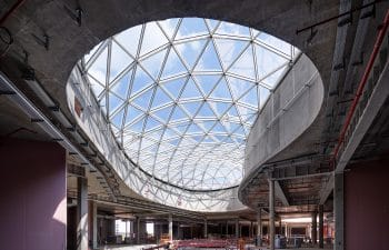 """""""La Cloche d'Or"""" glass canopies in Luxembourg"""